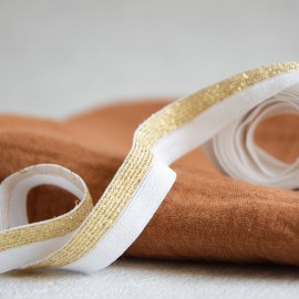 White and gold rubber band elastic