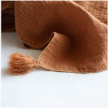 Fil de laine caramel et or