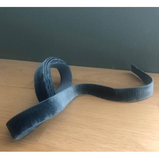 Ruban en velours élastique gris bleu