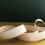Ruban chevron coton 15 mm - rose poudré